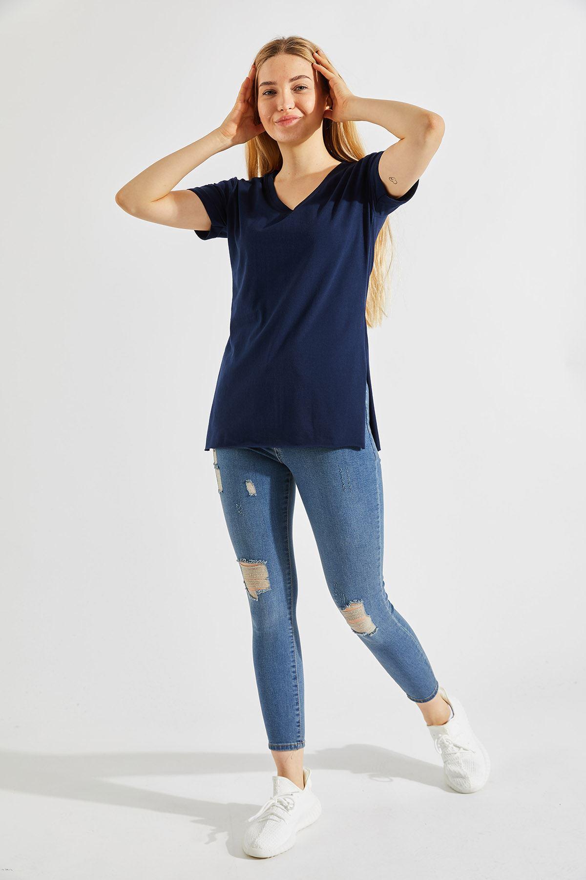 Kadın Yırtmaçlı Lacivert Tişört