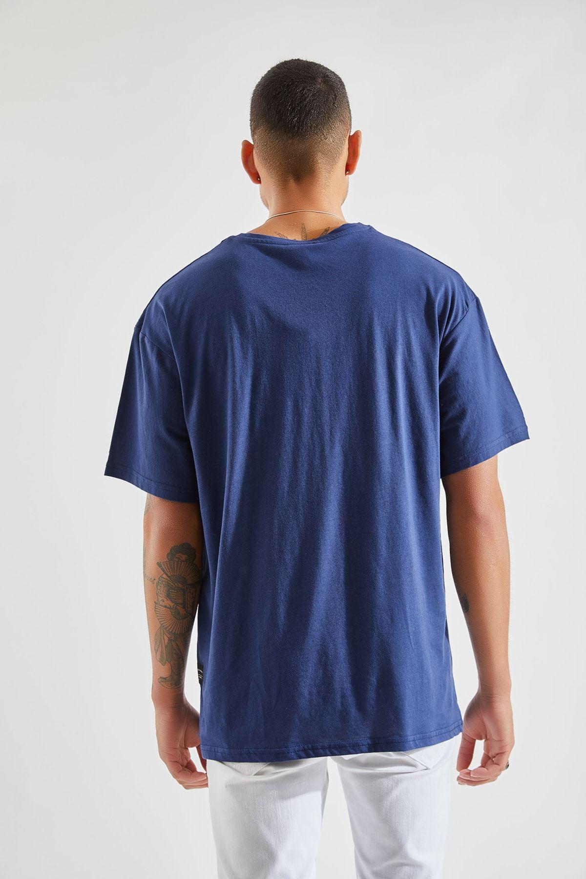 Erkek Oversize Cepli Lacivert Tişört