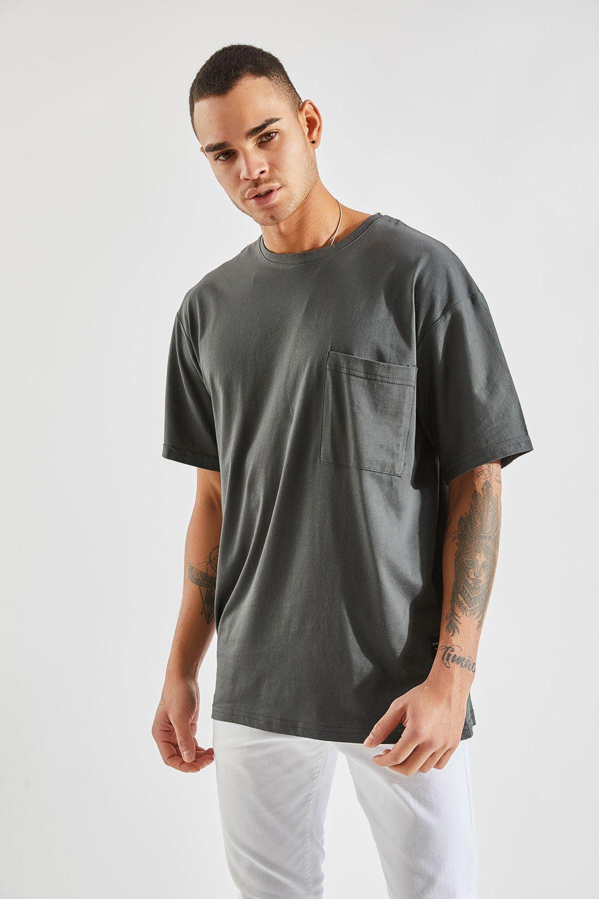 Erkek Oversize Cepli Füme Tişört
