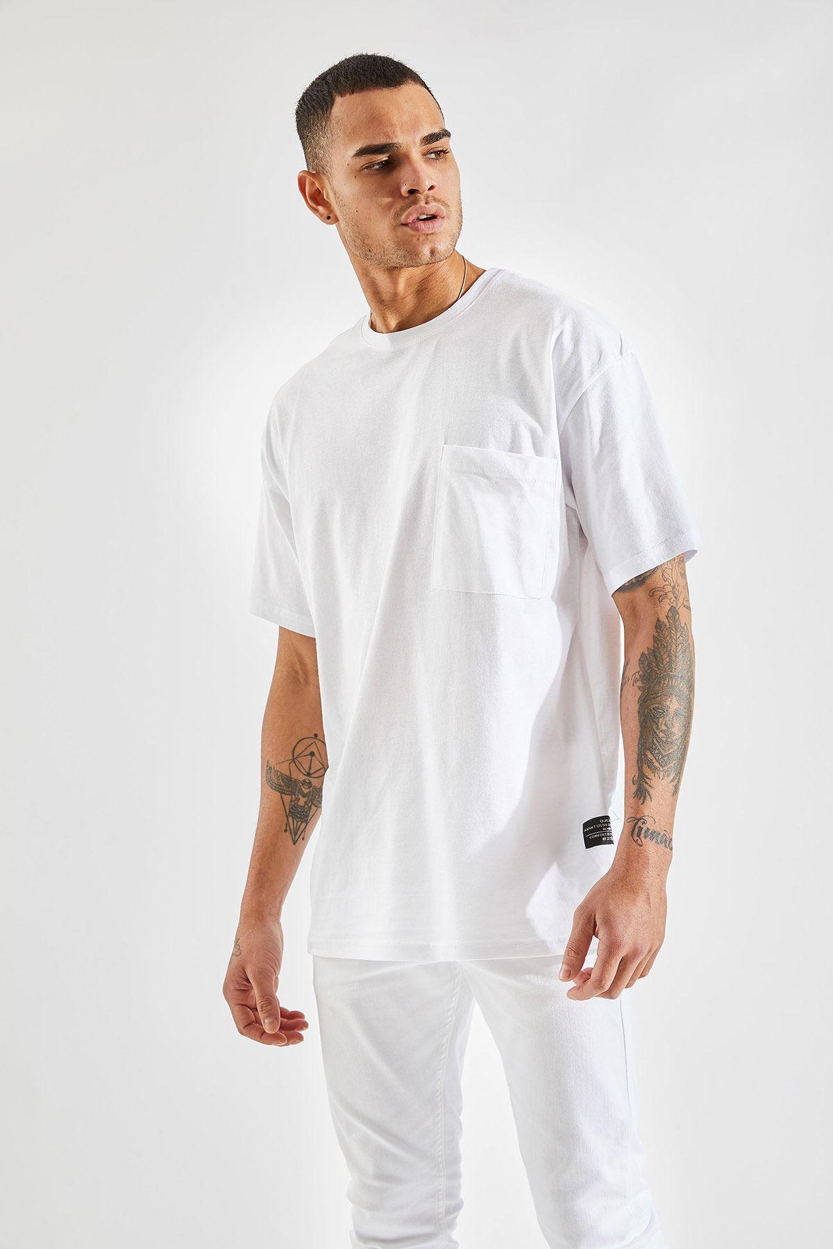 Erkek Oversize Cepli Beyaz Tişört