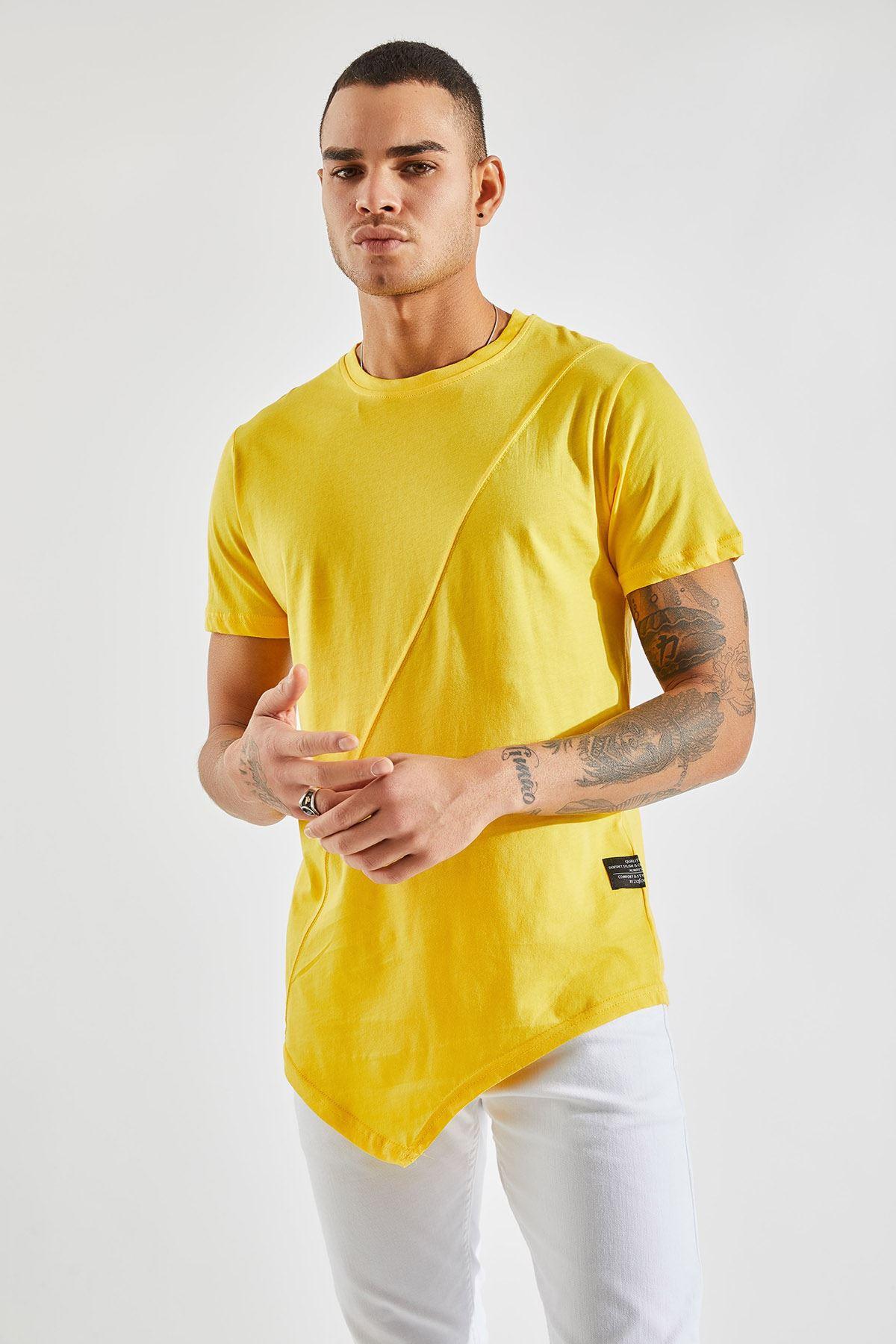 Erkek Önü Parçalı Asimetrik Kesim Sarı Tişört
