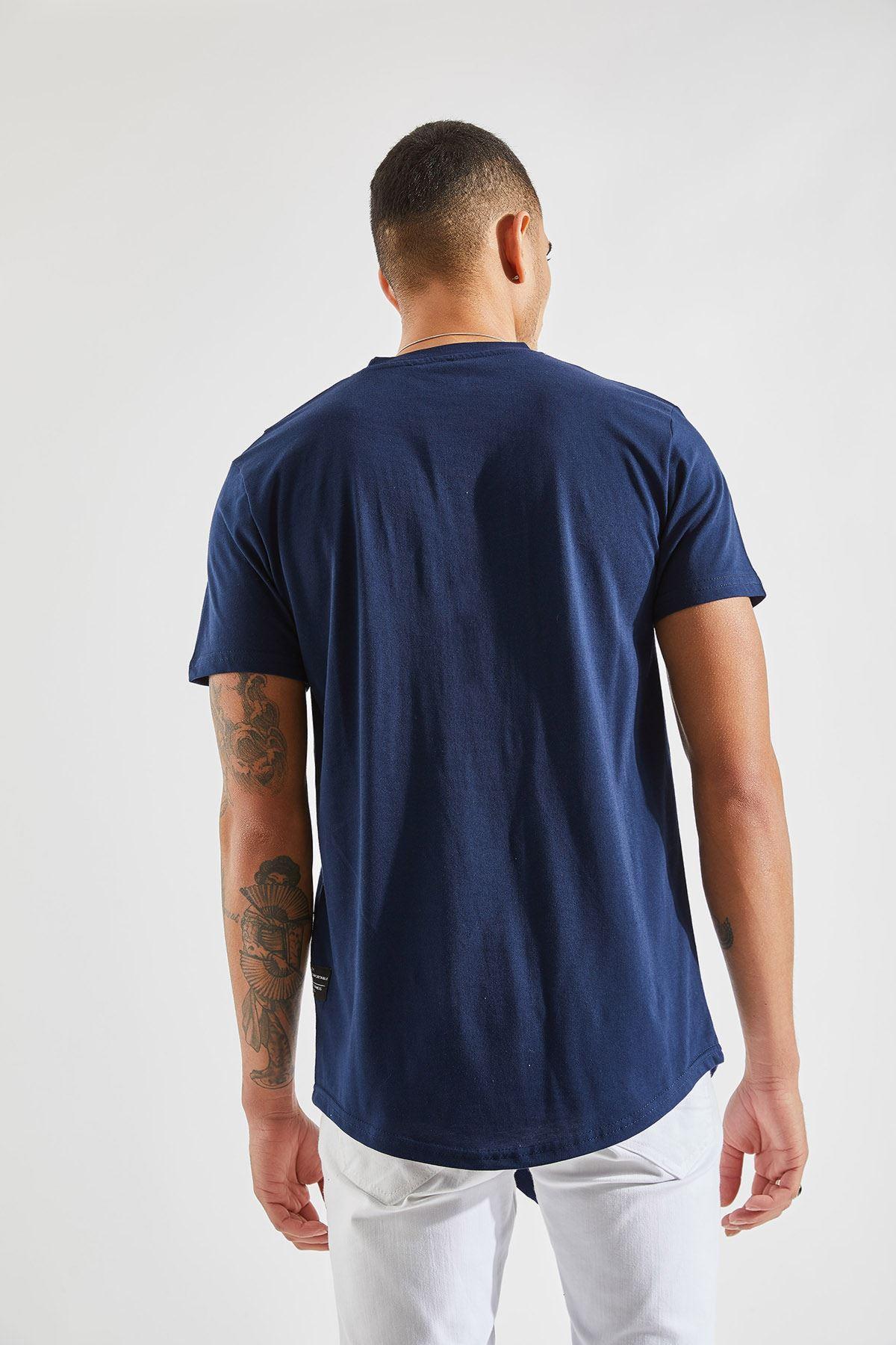 Erkek Önü Parçalı Asimetrik Kesim Lacivert Tişört