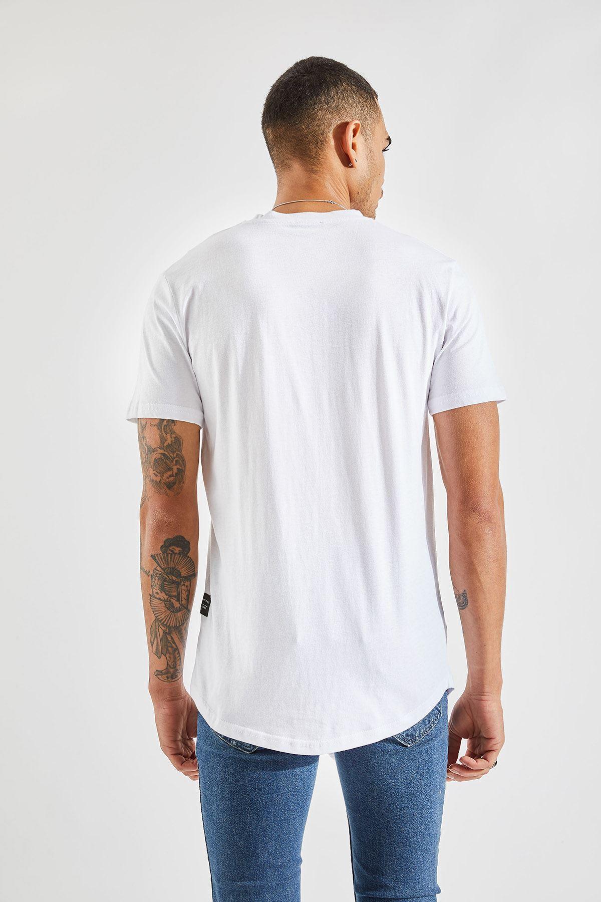 Erkek Önü Parçalı Asimetrik Kesim Beyaz Tişört