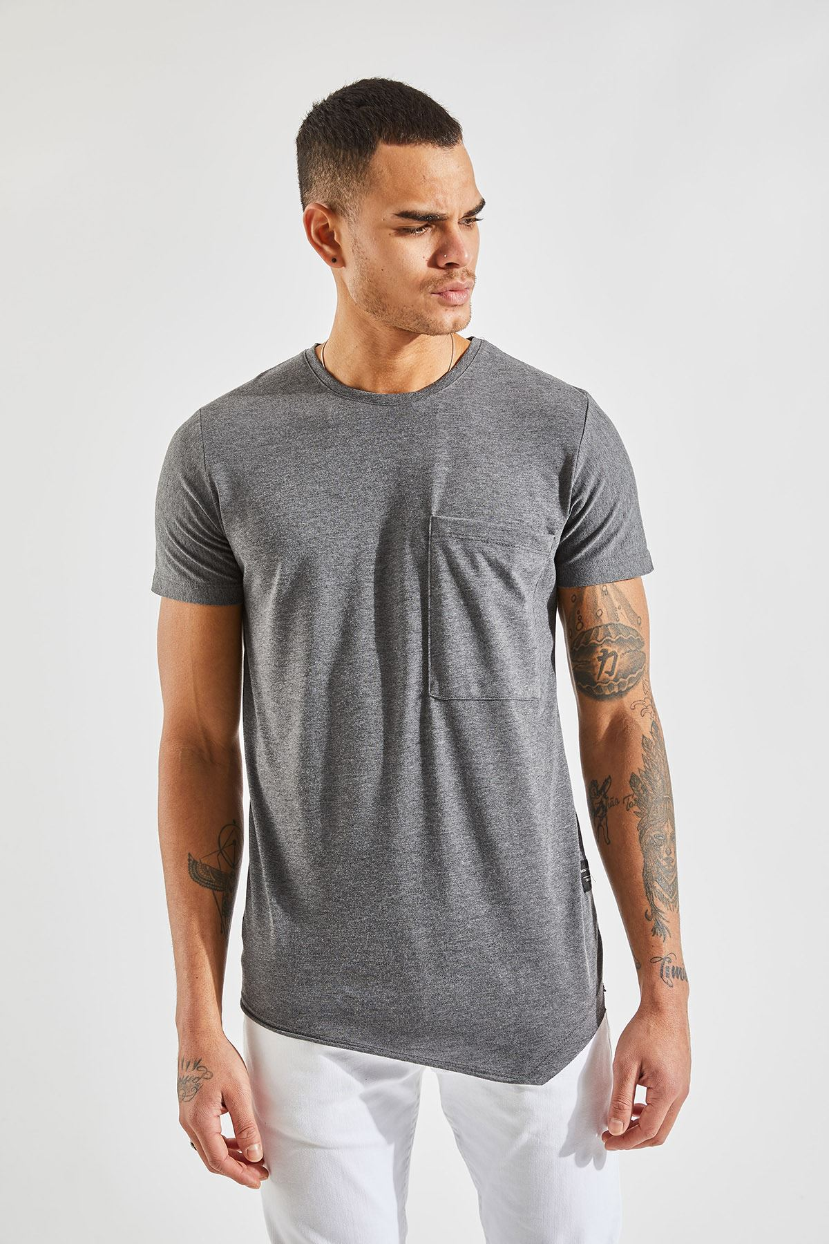 Erkek Verev Kesim Cepli Antrasit Tişört