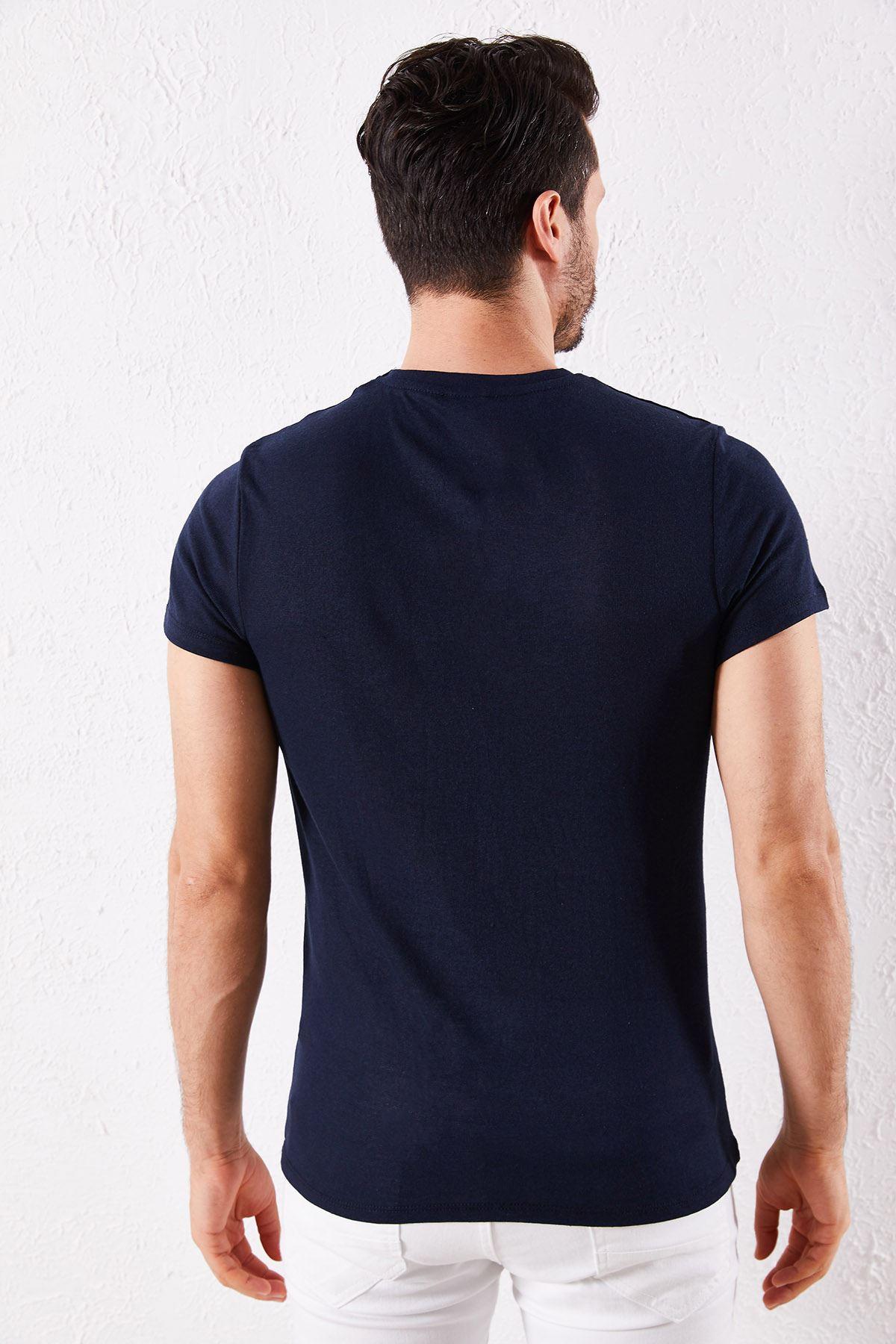 Erkek V Yaka Lacivert Tişört