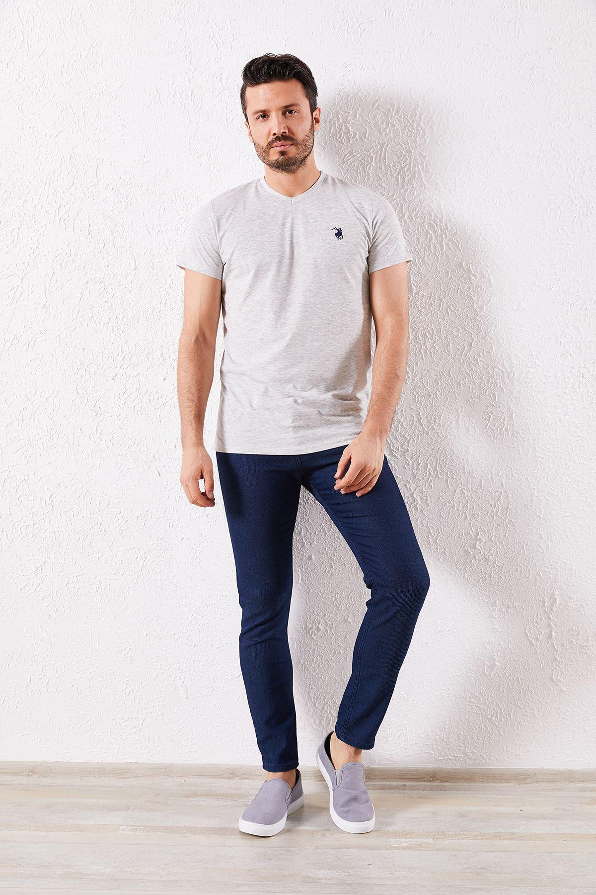 Erkek V Yaka Gri Tişört