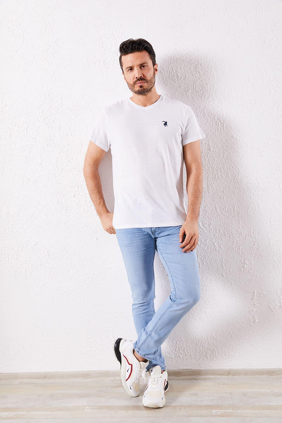 Erkek V Yaka Beyaz Tişört