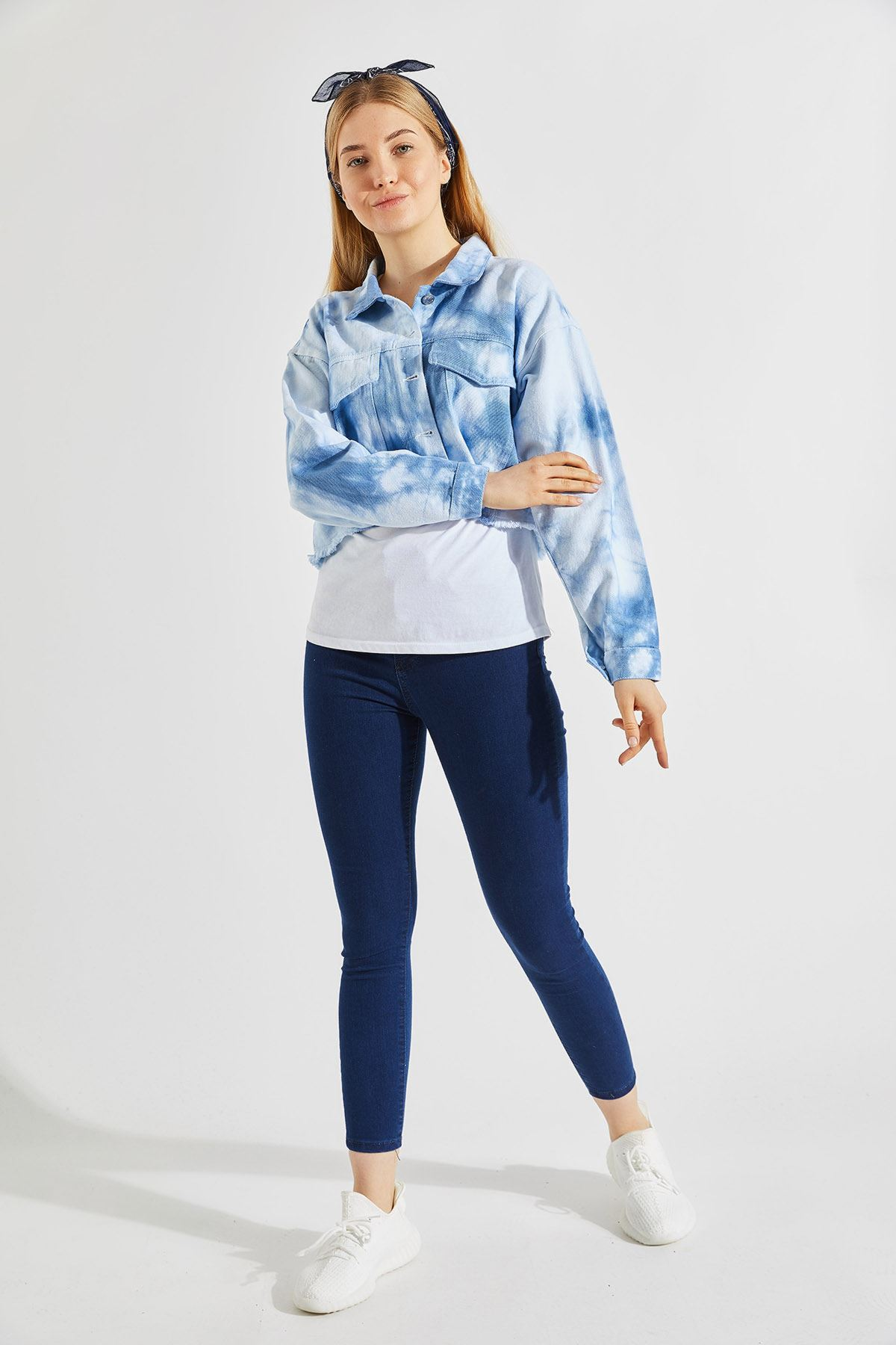 Kadın Batik Mavi Kısa Ceket