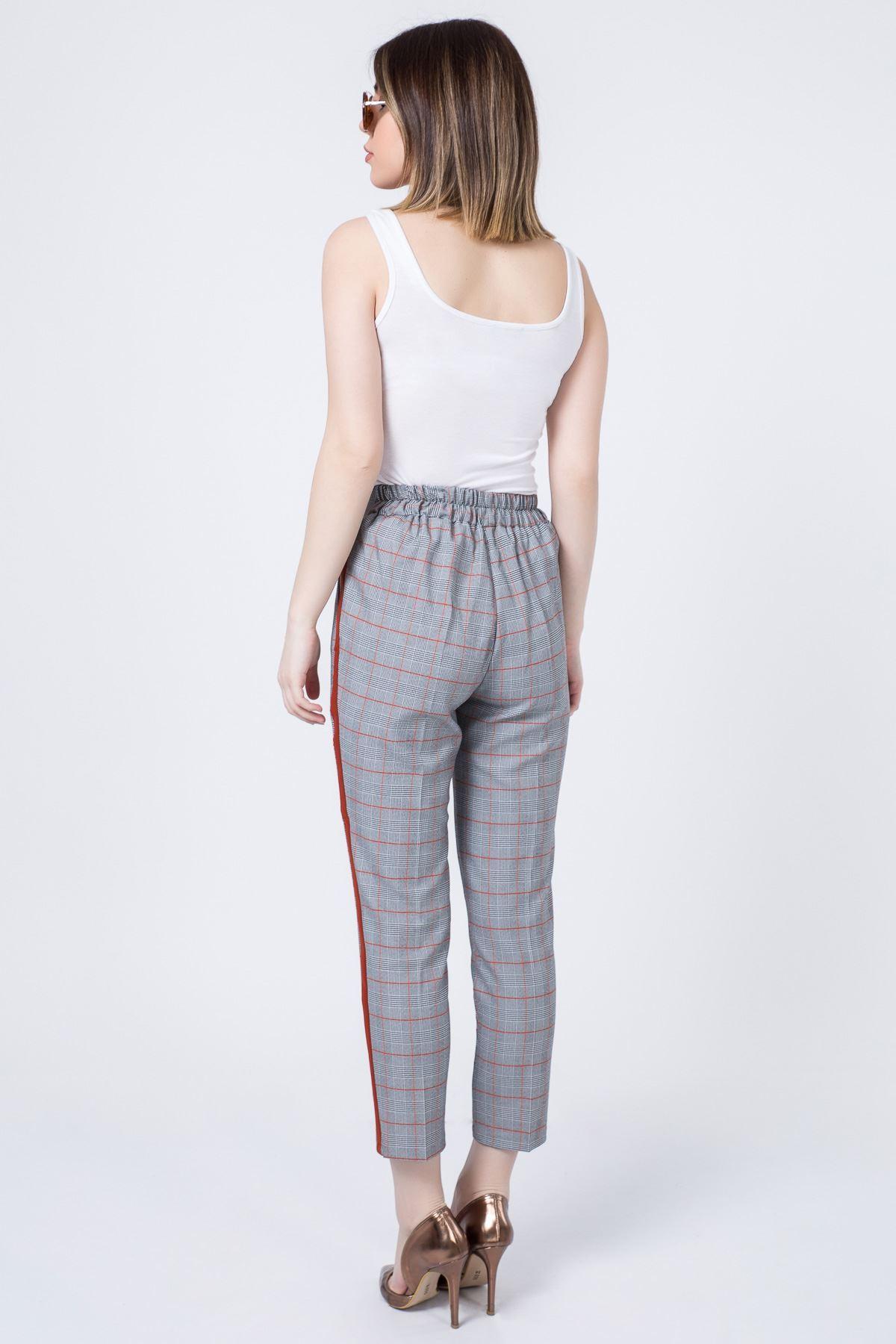 Yan Şeritli Çizgili Pantolon