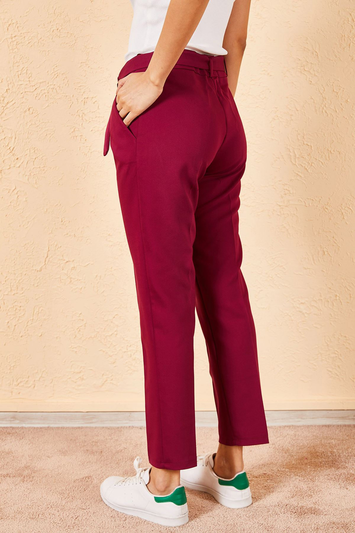 Bel Kuşaklı Klasik Pantolon
