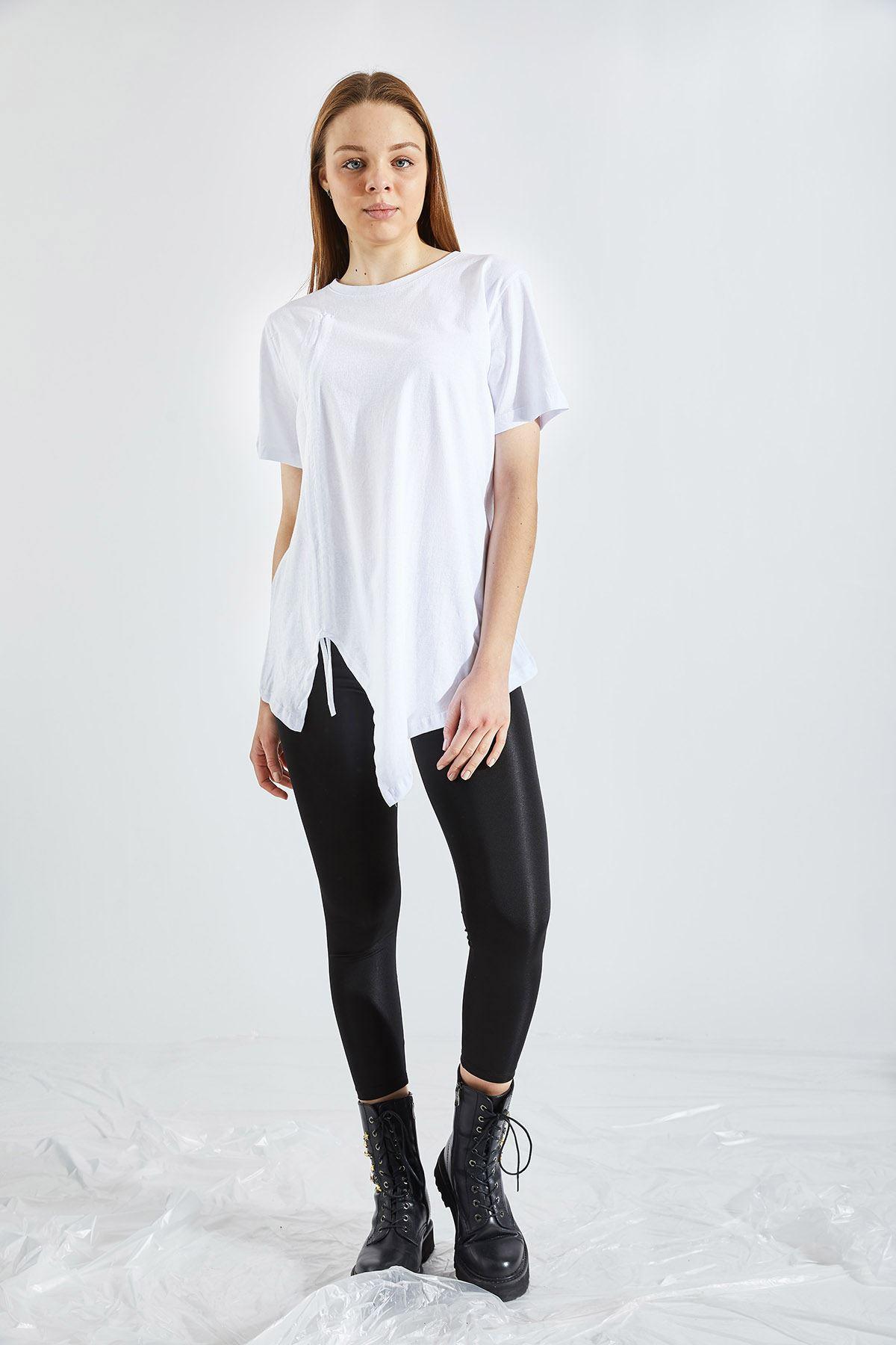 Kadın Ön Büzgü Beyaz Tişört