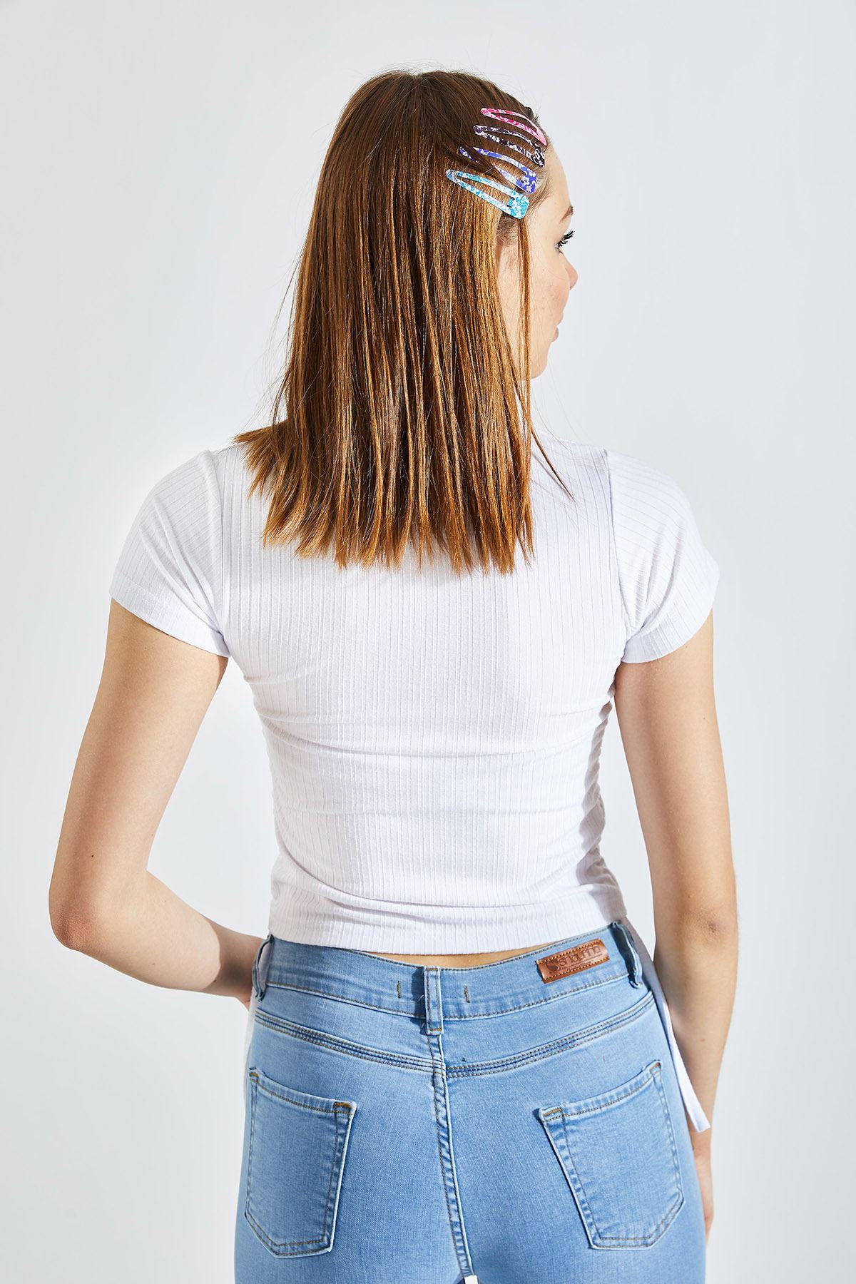 Kadın Yan Büzgü Kaşkorse Crop Beyaz Tişört