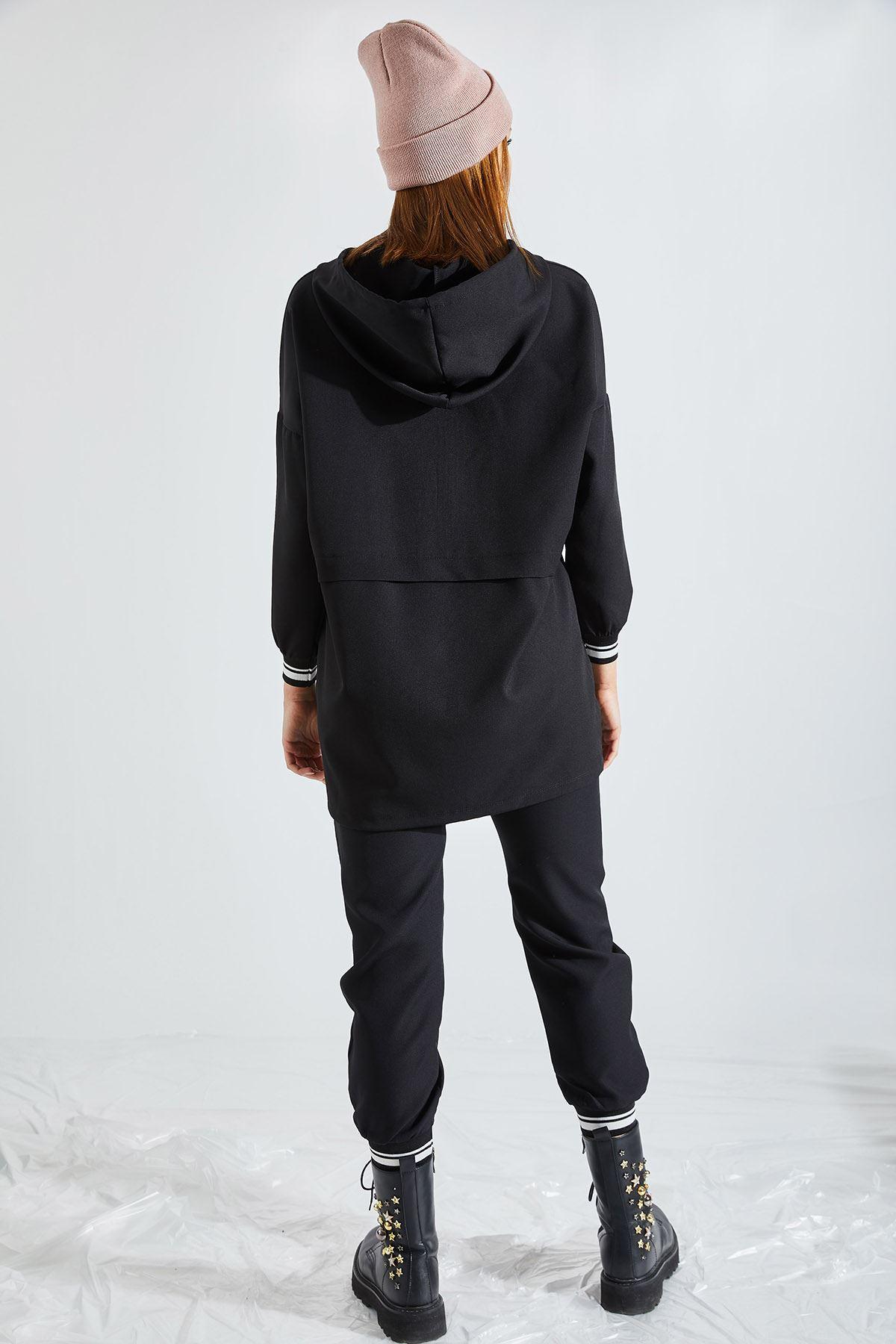 Kadın Kapüşonlu Yarım Fermuarlı Siyah Takım