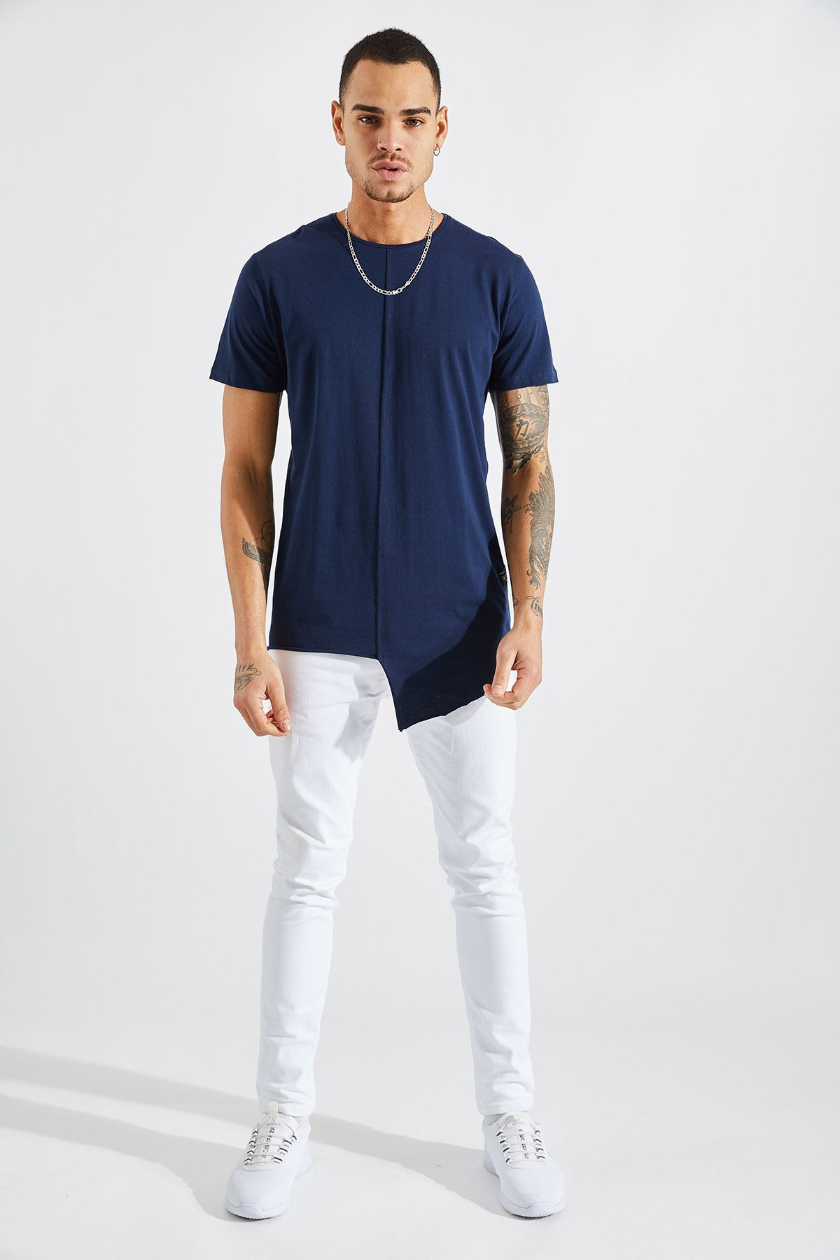 Erkek Önü Parçalı Asimetrik Lacivert T-Shirt