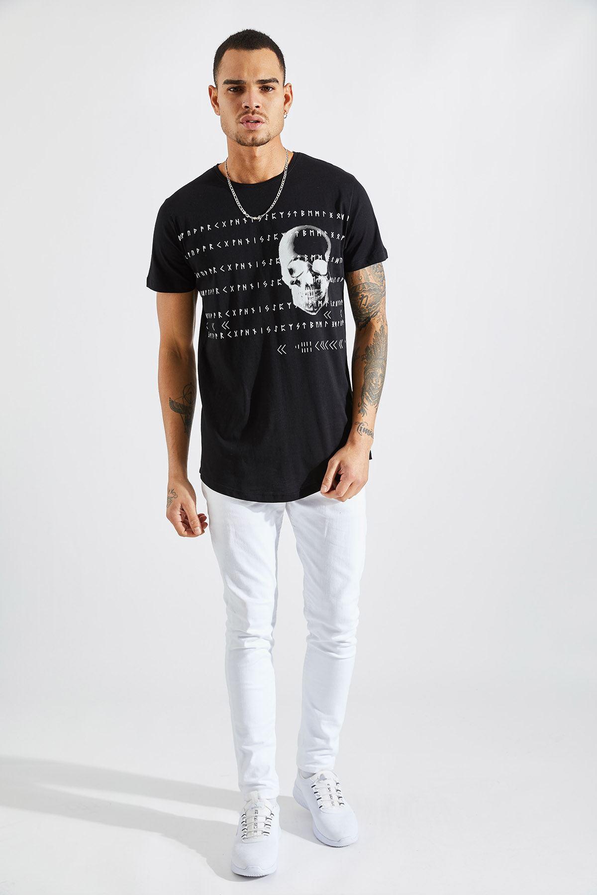 Erkek O Yaka Kuru Kafa Baskılı Siyah Tişört