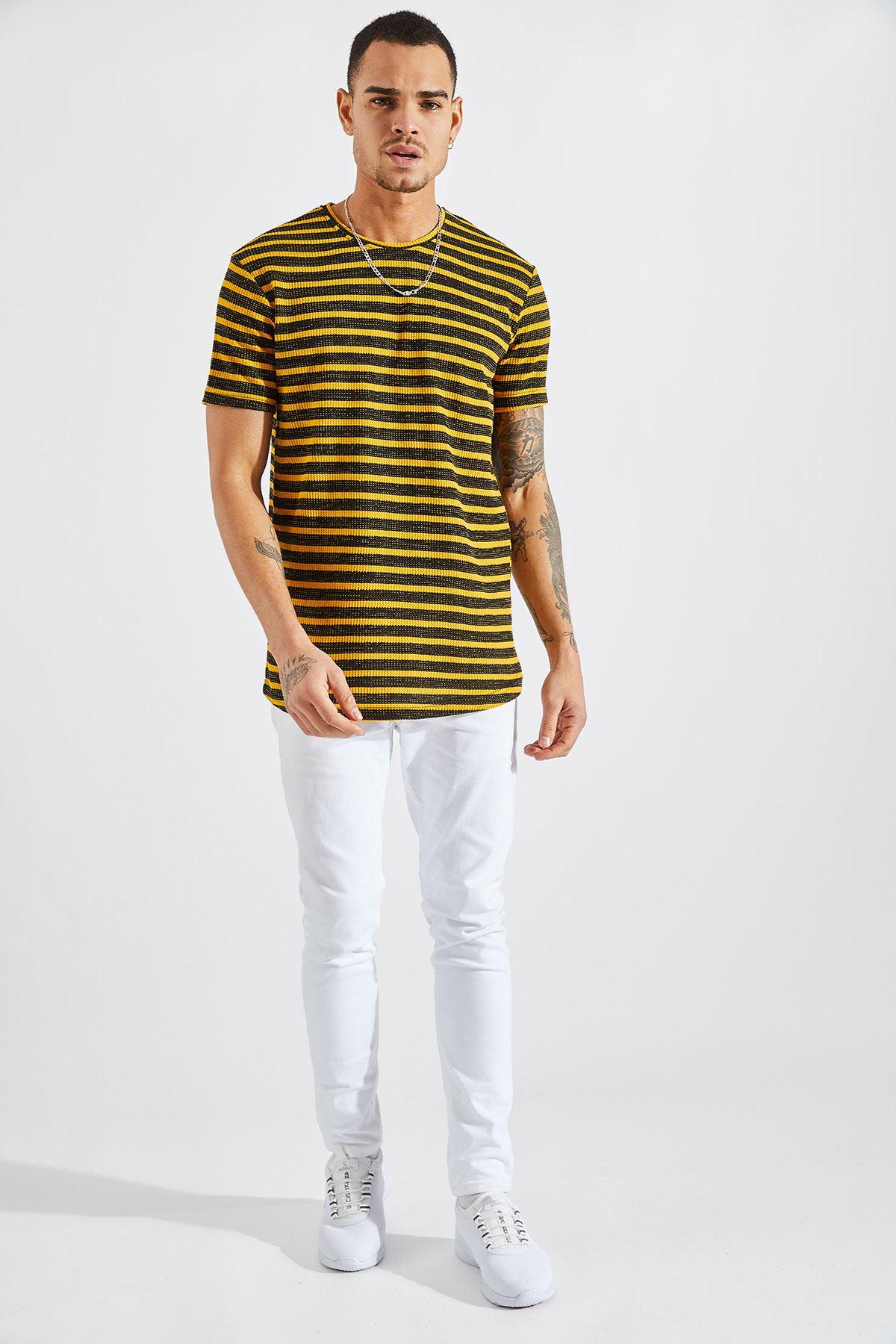 Erkek Jakarlı Çizgili Hardal Tişört