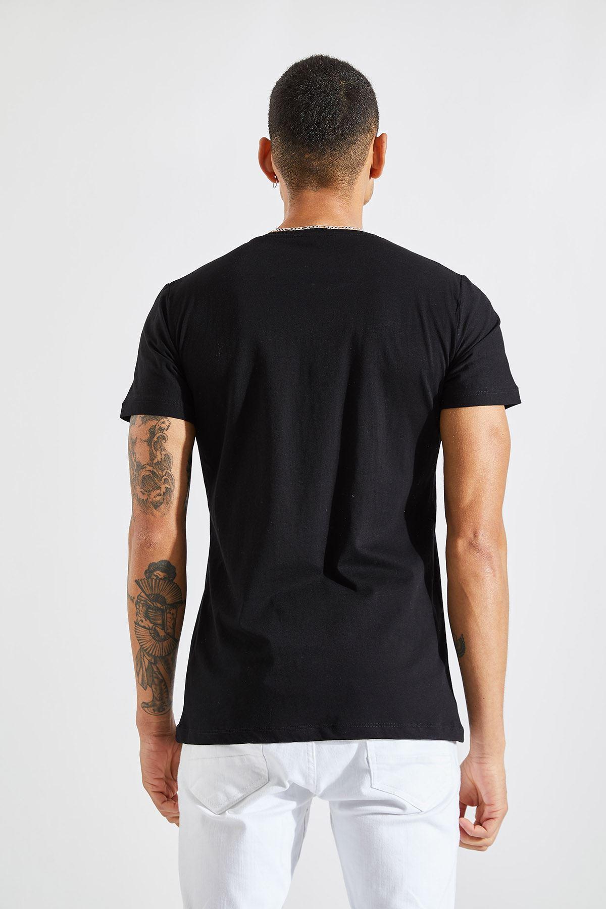 Erkek Towards Baskılı Siyah Tişört