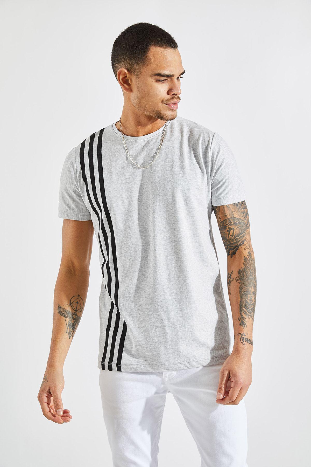 Erkek Üç Çizgi Baskılı Gri Tişört