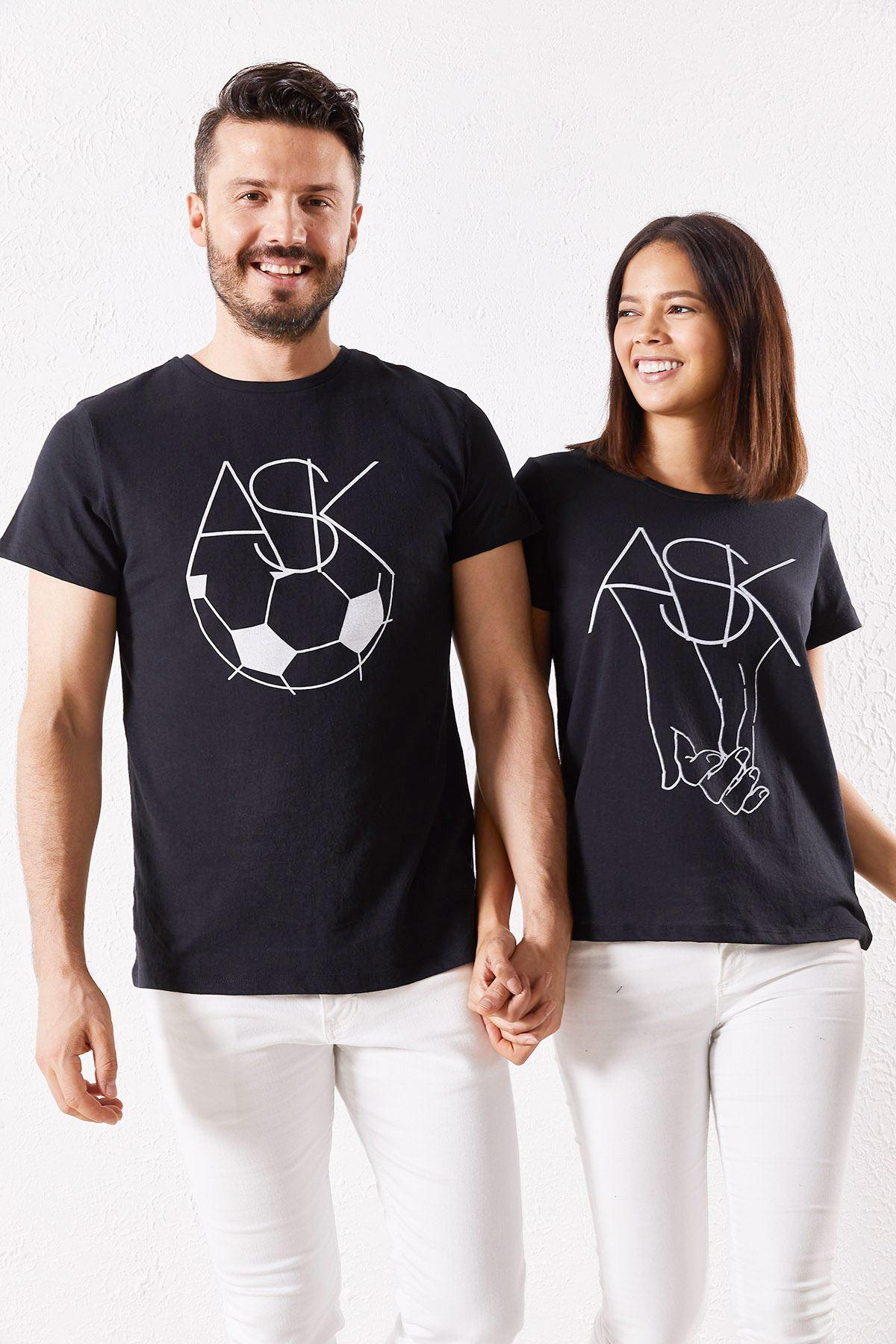 Eşli Aşk Baskılı Siyah Tişört