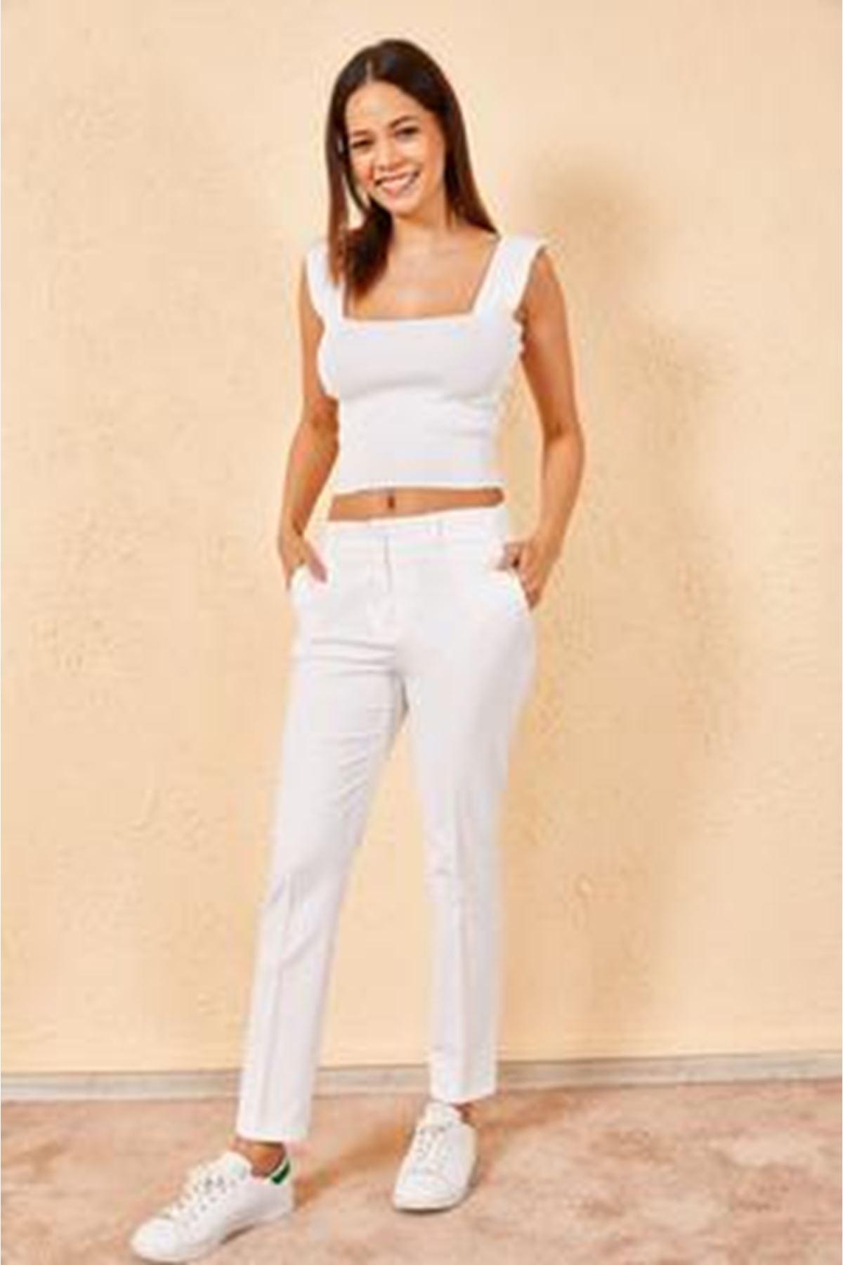 Kadın Kalem Beyaz Pantolon