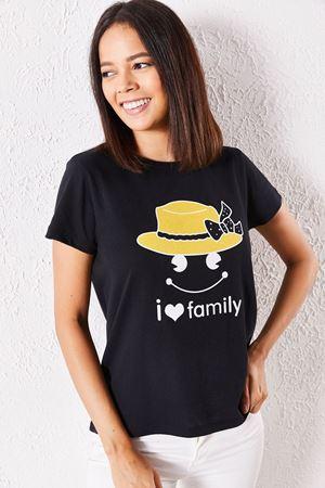 Kadın Eşli Şapka Baskılı Siyah Tişört